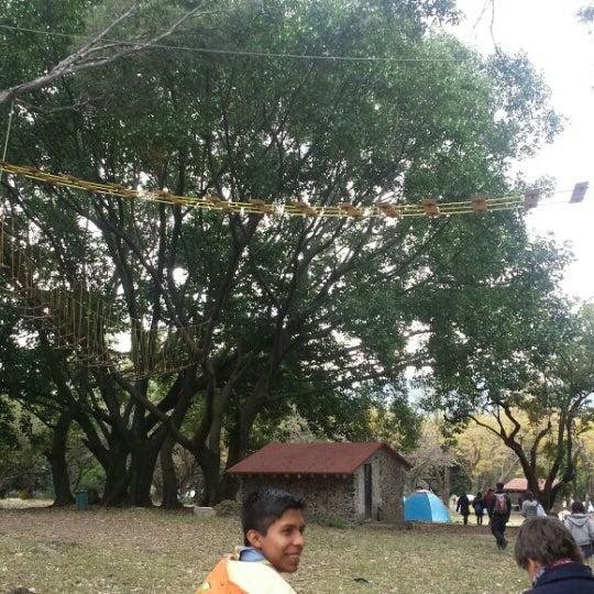 รูปภาพถ่ายที่ Campo Escuela Scout Meztitla โดย Jorge Alejandro A. เมื่อ 1/31/2016