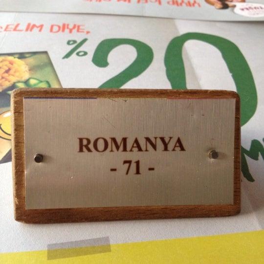 Photo prise au Los Amigos par Şeyma Kalınca le11/23/2012