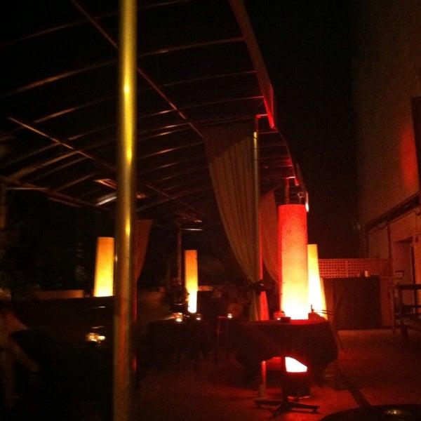 7/27/2013에 Ramses님이 Mosaic Wine Lounge에서 찍은 사진