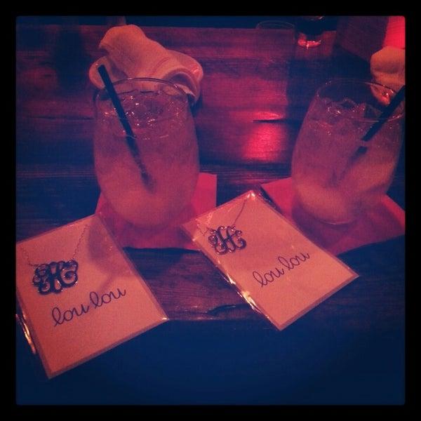 Foto tomada en Lolita Cocina & Tequila Bar por Hillary H. el 12/1/2012