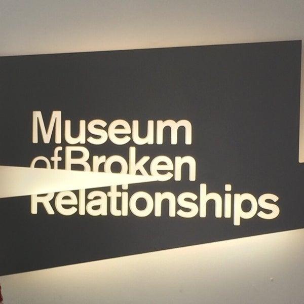 9/27/2014 tarihinde Zziyaretçi tarafından Muzej prekinutih veza | Museum of Broken Relationships'de çekilen fotoğraf