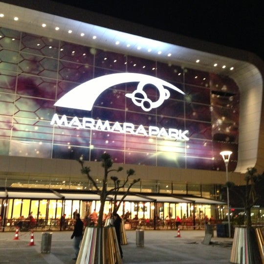 Снимок сделан в Marmara Park пользователем Samet E. 11/14/2012