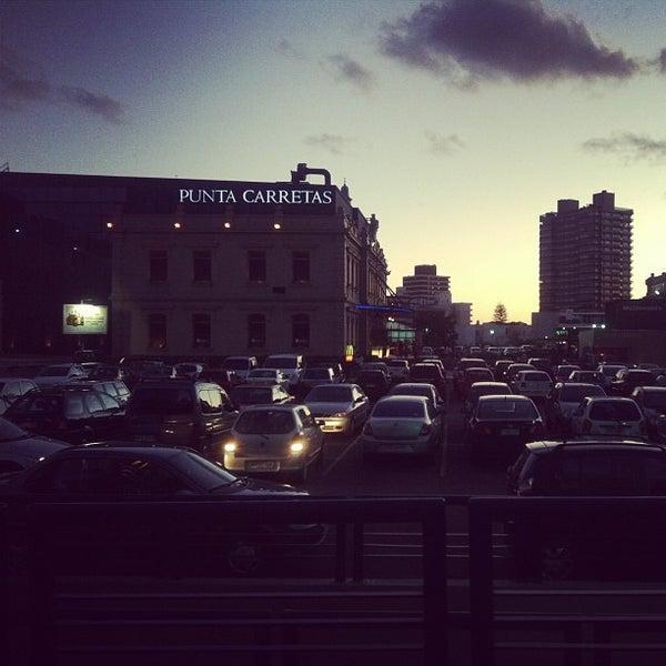 Foto scattata a Punta Carretas Shopping da Joseph il 2/4/2013