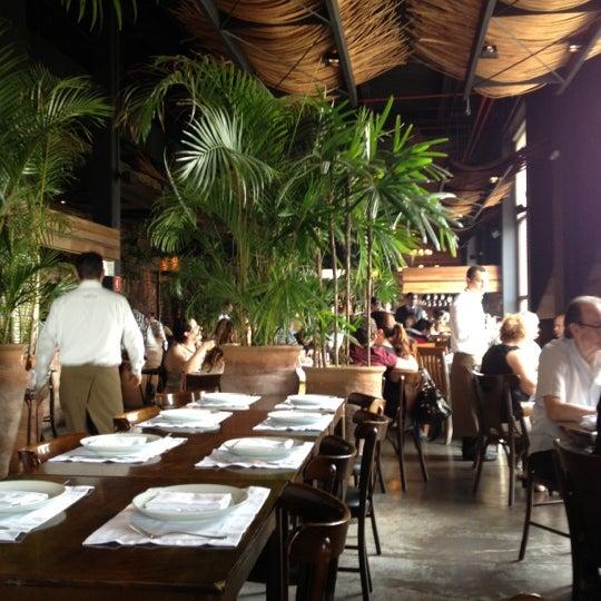 12/2/2012에 Hubert A.님이 Pobre Juan에서 찍은 사진