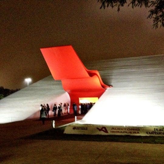 10/19/2012에 Hubert A.님이 Auditório Ibirapuera Oscar Niemeyer에서 찍은 사진