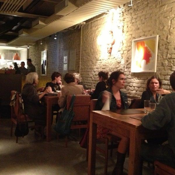 Photo prise au Restaurante Miya par Hubert A. le1/29/2013