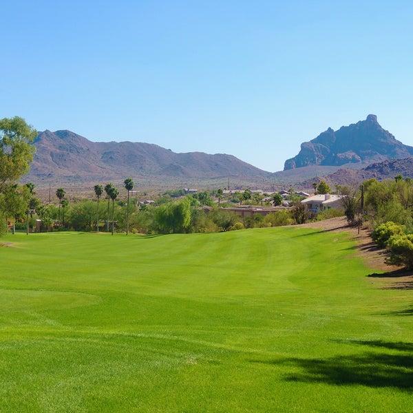 Das Foto wurde bei Desert Canyon Golf Club von Desert Canyon Golf Club am 10/18/2013 aufgenommen