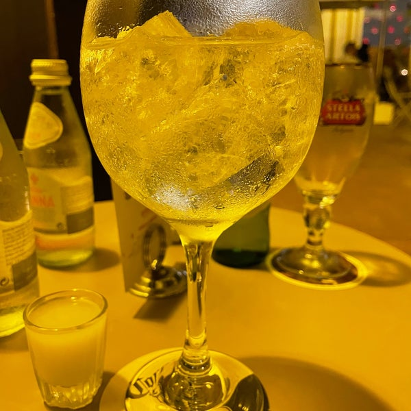 Photo taken at EL BARÓN - Café & Liquor Bar by Juan David on 8/7/2021