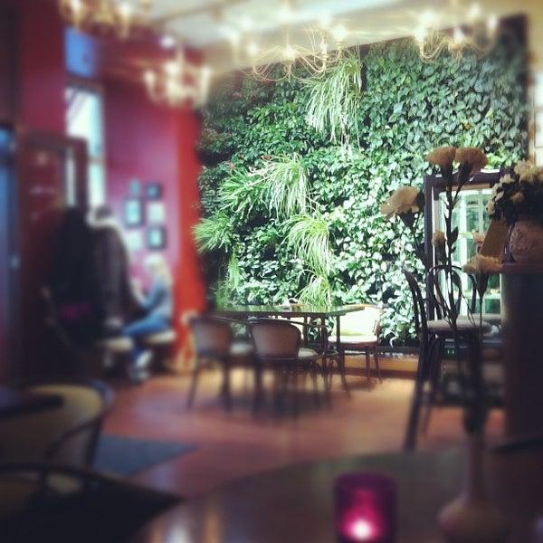 Photo taken at Tea & Coffee garden by Евгений М. on 10/25/2012
