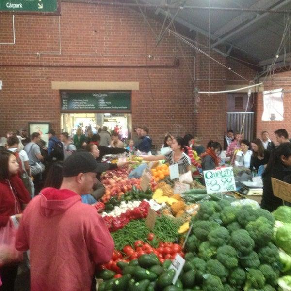 Foto diambil di Queen Victoria Market oleh Luciano S. pada 3/17/2013