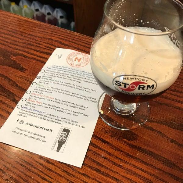 Das Foto wurde bei Newport Storm Brewery von Justin C. am 5/28/2018 aufgenommen