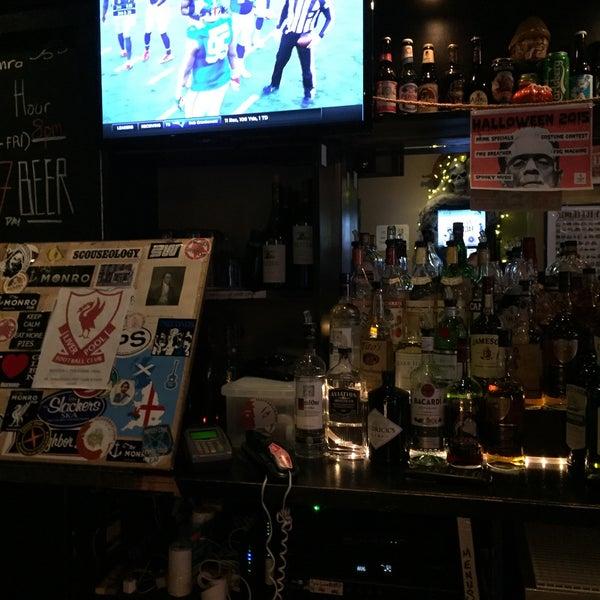10/25/2015에 Michael P.님이 The Monro Pub에서 찍은 사진