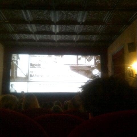 Foto tomada en Kino Pod Baranami por Lipe F. el 11/28/2013