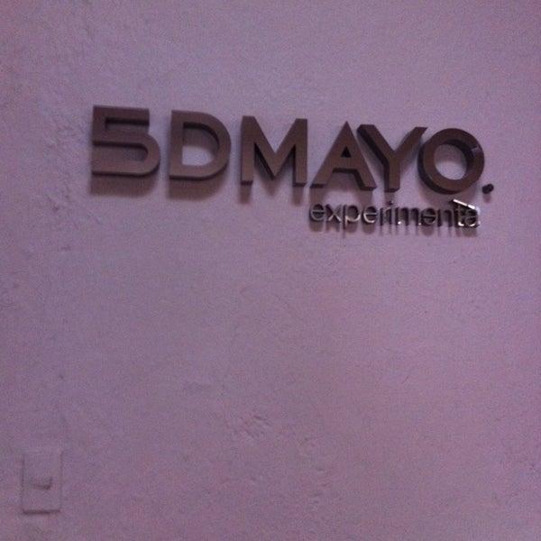 Foto diambil di 5DMayo Experimental oleh Ary Romero pada 2/28/2014