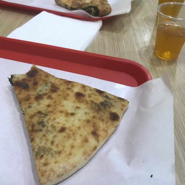 Foto tirada no(a) Mamma Mia Pizza & FastGood por Štefan C. em 11/17/2018