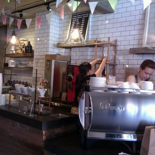 7/22/2012にBelinda K.がNolita Mart & Espresso Barで撮った写真