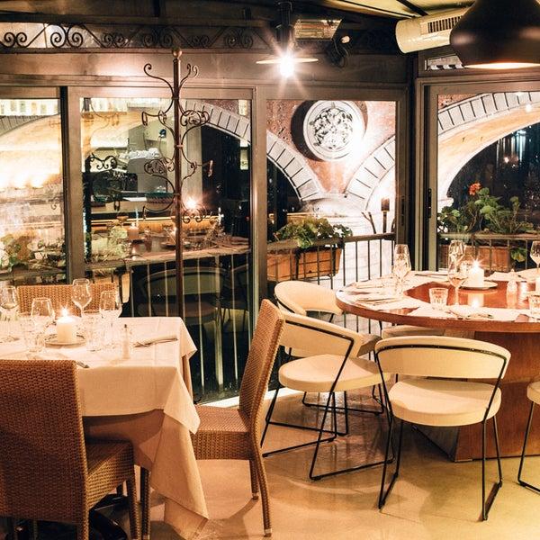 Foto tirada no(a) Catullo - Ristorante Pizzeria por Catullo - Ristorante Pizzeria em 3/12/2015