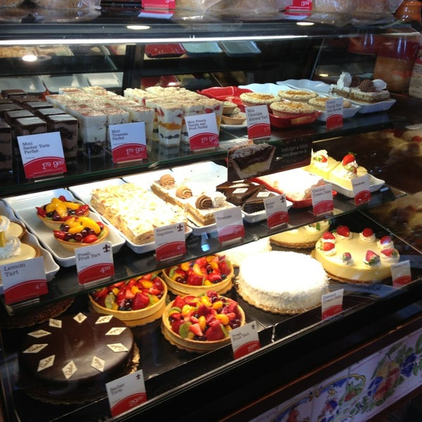 La Madeleine Country French Caf 233 Bakery
