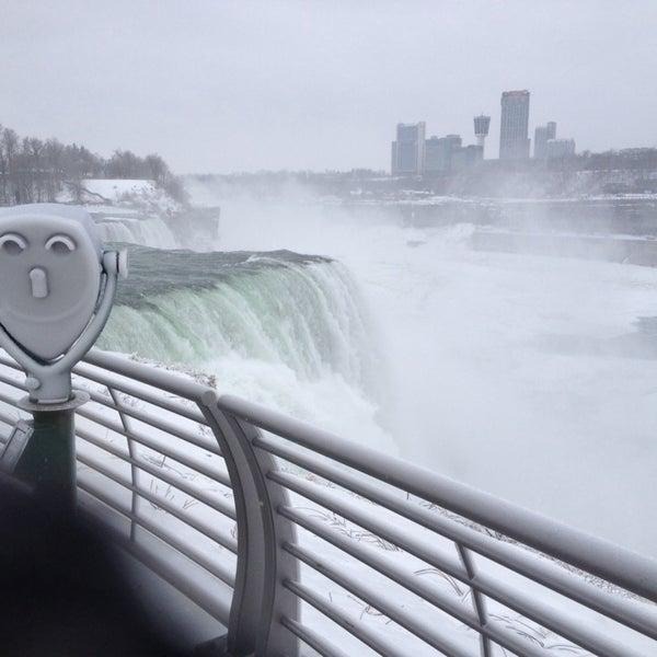 1/19/2014 tarihinde Michelleziyaretçi tarafından Niagara Falls USA Official Visitor Center'de çekilen fotoğraf