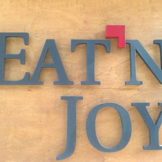 1/2/2013 tarihinde Engin K.ziyaretçi tarafından Eat'n Joy Mangal'de çekilen fotoğraf
