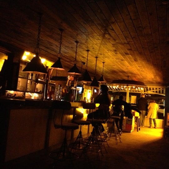 Das Foto wurde bei Alphabet City Beer Co. von Tony L. am 11/19/2012 aufgenommen