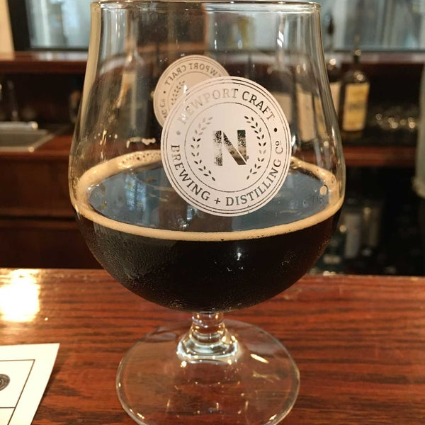 Das Foto wurde bei Newport Storm Brewery von Chuck C. am 10/12/2019 aufgenommen