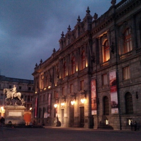 Foto tirada no(a) Museo Nacional de Arte (MUNAL) por Angelica P. em 1/7/2013