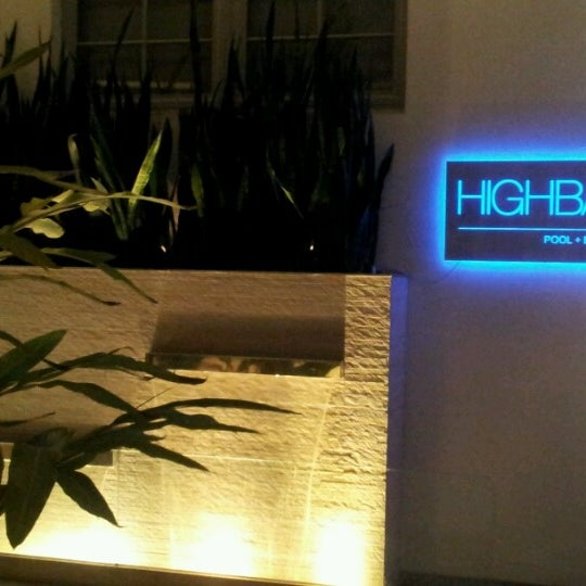 11/4/2012にCecília A.がHighbar - Pool·Bar·Skyで撮った写真