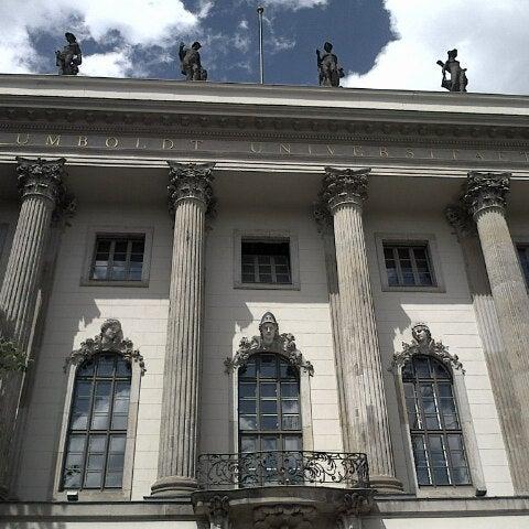 6/21/2013에 Michael K.님이 Humboldt-Universität zu Berlin에서 찍은 사진