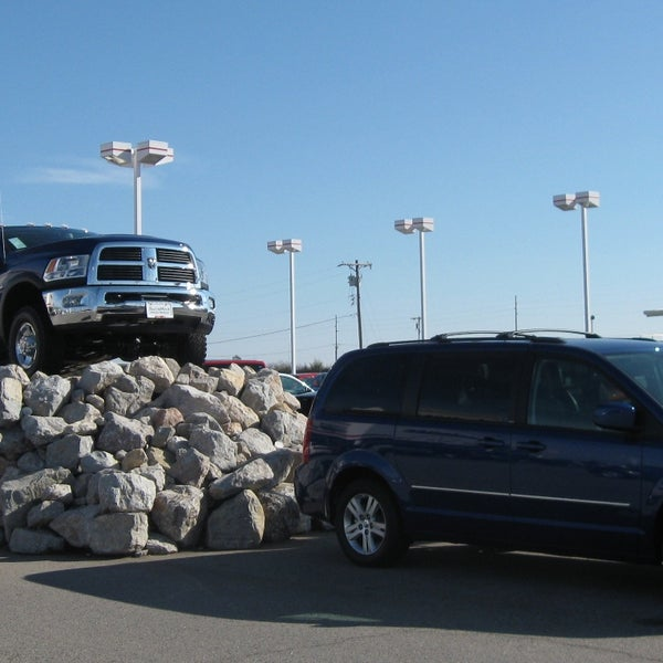 Automax Shawnee Ok >> Photos At Automax Dodge Chrysler Jeep Ram Auto Dealership