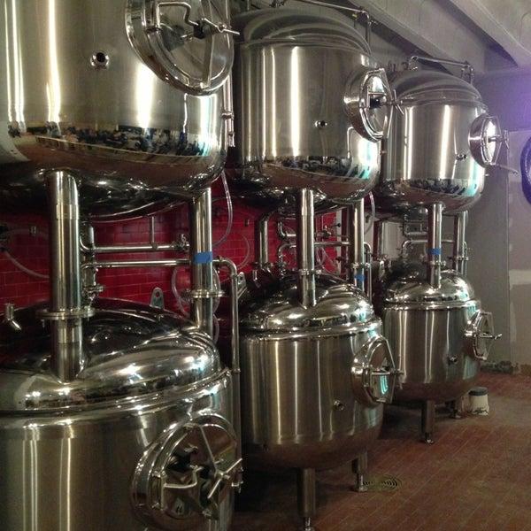 3/13/2013에 Brad C.님이 DryHop Brewers에서 찍은 사진