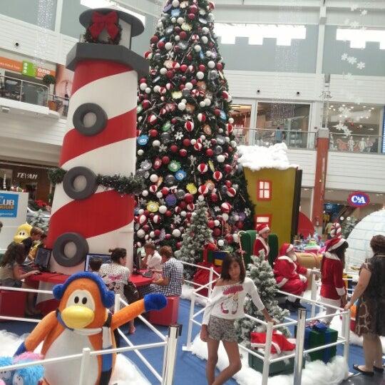Foto tirada no(a) Floripa Shopping por Gilberto N. em 12/22/2012
