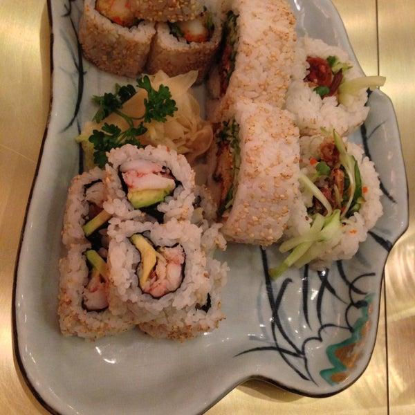 Photo prise au Sushi Zen par Ahmed R. le4/11/2013