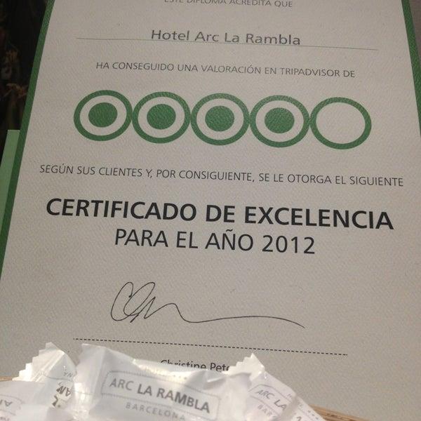 Foto diambil di Hotel Arc La Rambla oleh Dan pada 4/5/2013