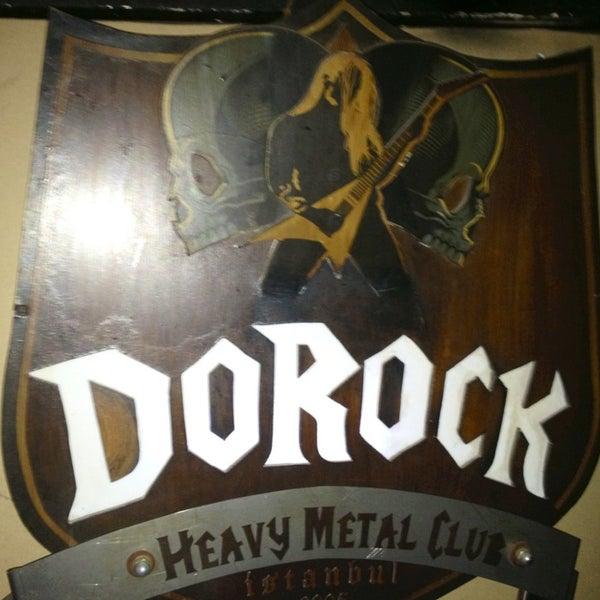 4/20/2013 tarihinde Gürkanziyaretçi tarafından Dorock Heavy Metal Club'de çekilen fotoğraf