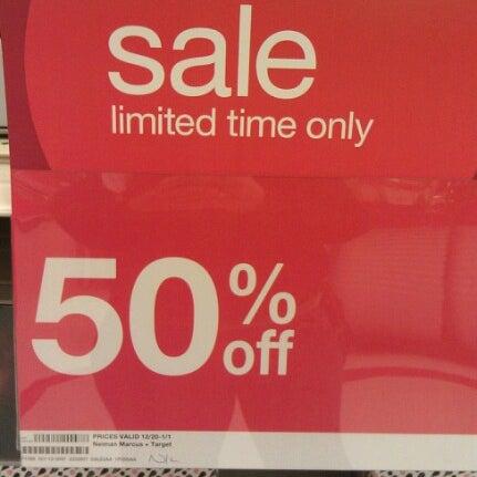 Снимок сделан в Target пользователем Katherine H. 12/26/2012
