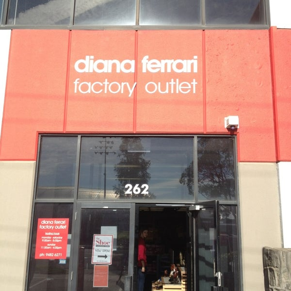 Diana Ferrari Factory Outlet