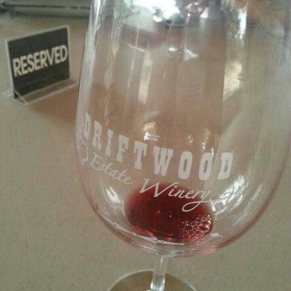 Foto diambil di Driftwood Estate Winery oleh Chase M. pada 2/21/2016
