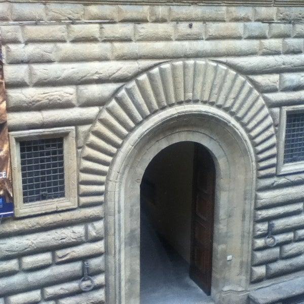 Photo prise au Palazzo Strozzi par Masha K. le3/28/2013