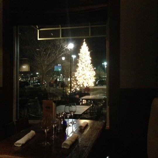 12/25/2012에 Tom W.님이 Newport Grill에서 찍은 사진