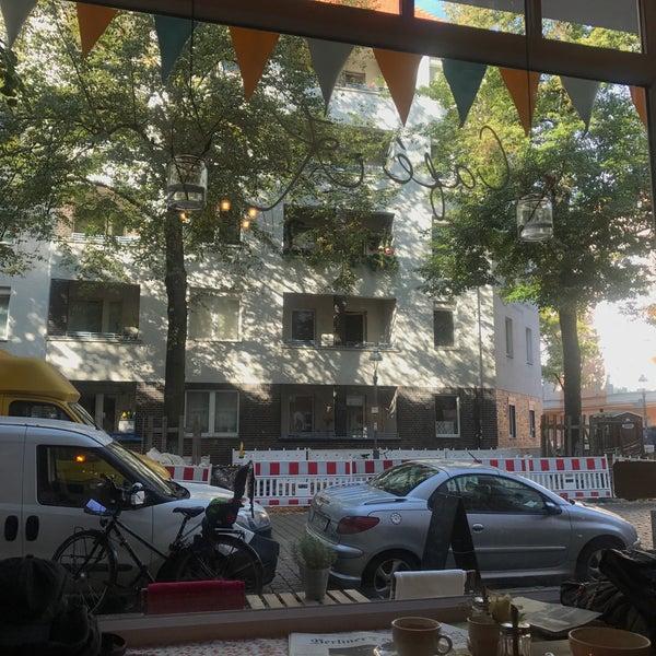 Das Foto wurde bei Café Kanel von @tessa H. am 9/19/2017 aufgenommen