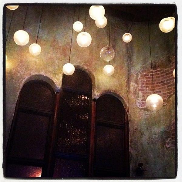 12/31/2013에 AJ F.님이 Salvage Bar & Lounge에서 찍은 사진