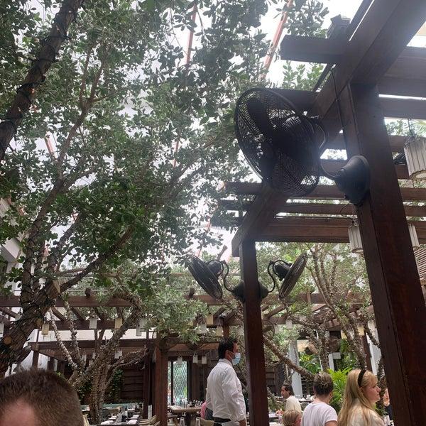 6/17/2021에 Ben S.님이 Cecconi's Miami Beach에서 찍은 사진