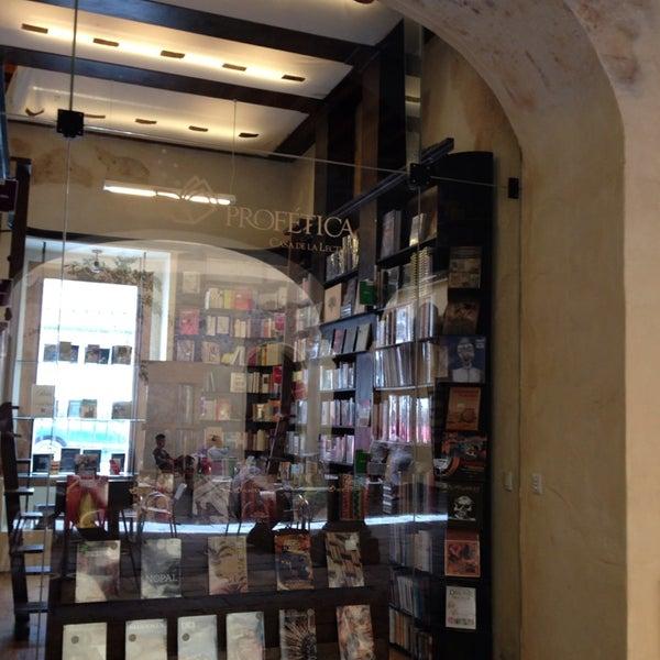 5/18/2014에 Niels님이 Profética - Casa de la Lectura에서 찍은 사진
