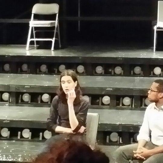 Das Foto wurde bei New Ohio Theatre von JC M. am 1/30/2014 aufgenommen