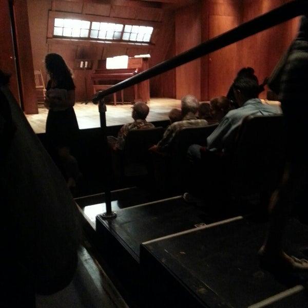 6/16/2013にJC M.がRattlestick Playwrights Theaterで撮った写真