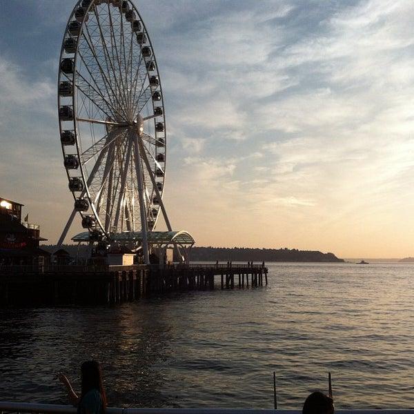 Das Foto wurde bei Waterfront Park von Eduardo J Brito am 9/14/2012 aufgenommen