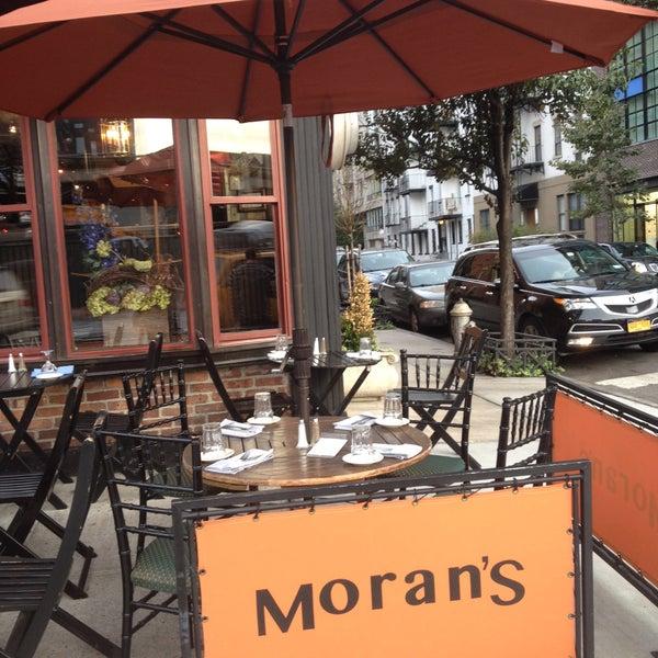Photo prise au Moran's - Chelsea par Moran's - Chelsea le11/6/2013