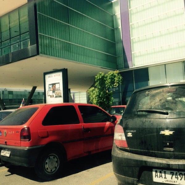 Foto tirada no(a) Costa Urbana Shopping por Maurizio C. em 11/9/2014