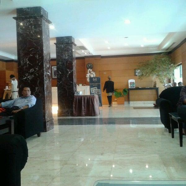 Photos At Lobi Hotel Sriwijaya Tanah Abang Jakarta Pusat Jakarta